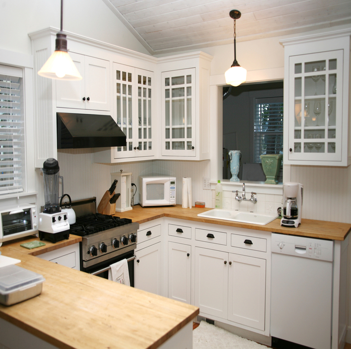 Kitchen Cabinet Painting in Duluth GA by Paint Bulls Painters
